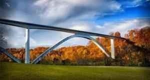 the Natchez Trace bridge in Nashville Tennessee